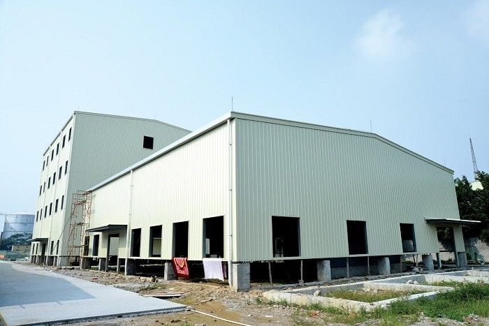 Fast Assembling Metal Frame Structure , Steel Bar Commercial Metal Buildings