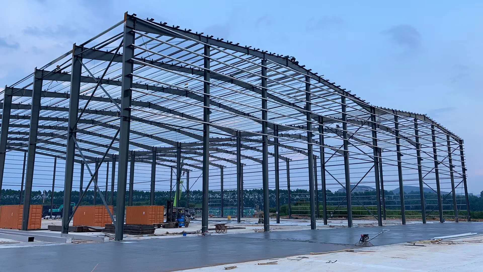 Grey Paint Colored Sheet Roof C Purlin Workshop Steel Structure